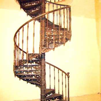 """Чугунная винтовая лестница """"вл-4107"""""""