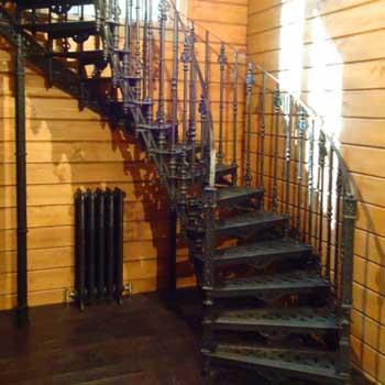 """Чугунная маршевая лестница """"мл-5004"""""""