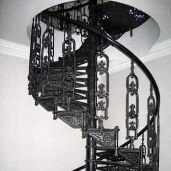 """Чугунная винтовая лестница """"вл-4103"""""""