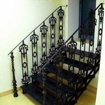 """Чугунная маршевая лестница """"мл-5003"""""""